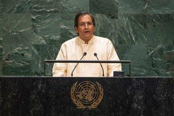 2019年9月30日,斯里兰卡负责外交事务的国务秘书拉维纳塔·亚里亚辛哈(Ravinatha Aryasinha)在联大一般性辩论上发言。