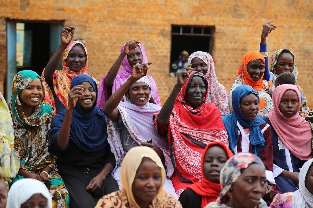 La participation des femmes dans les processus politiques est bénéfique pour tous.