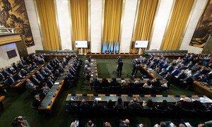 L'Envoyé spécial de l'ONU pour la Syrie, Geir O. Pedersen, facilite les premiers pourparlers en face à face entre le gouvernement syrien et l'opposition à Genève.