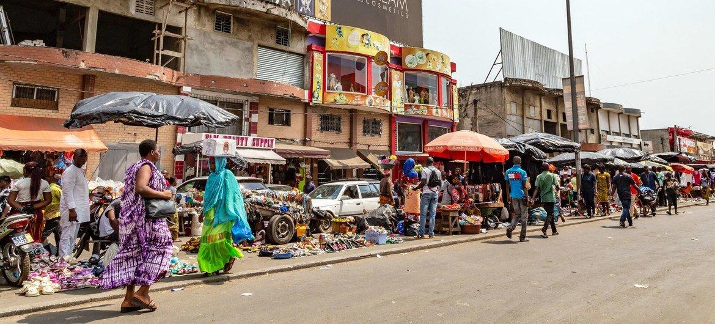 People at Adjamé Market in Abidjan, Côte d'Ivoire.