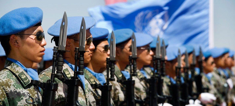 Militares chinos integrantes de UNAMID, febrero de 2010.