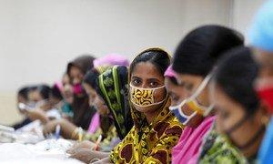 Пандемия коронавируса усугубила проблему гендерного неравенства и свела на нет достигнутые за последние десятилетия успехи в борьбе за права женщин.