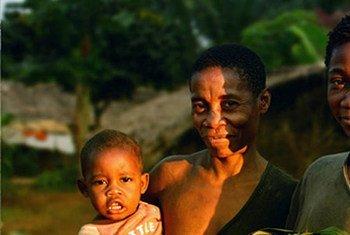 刚果共和国土著人民。