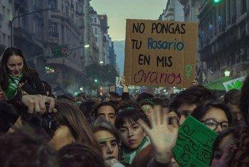 Manifestations en faveur de l'avortement à Buenos Aires, Argentine