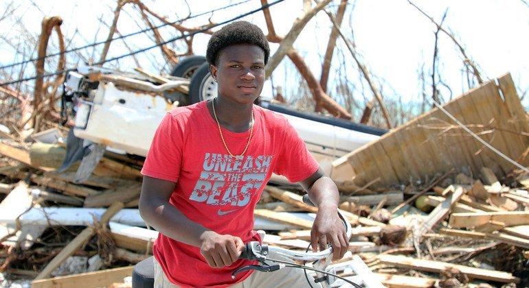 Benson Etienne y su familia escaparon de su casa en las islas abaco en Las Bahamas antes de que el huracán Dorian azotara al país.