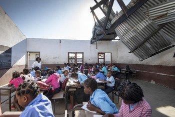 Escola 25 de Junho, na cidade da Beira, foi danificada durante o ciclone Idai