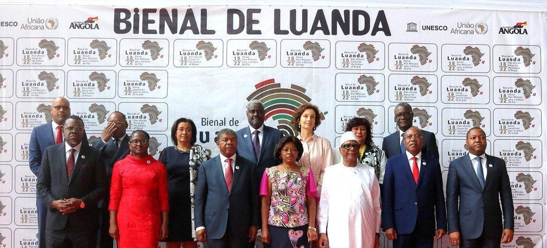Participantes da Bienal de Luanda, no primeiro dia do evento