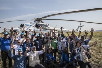فريق برنامج الأغذية العالمي خلال زيارة إلى منطقة النيل الأزرق في السودان.