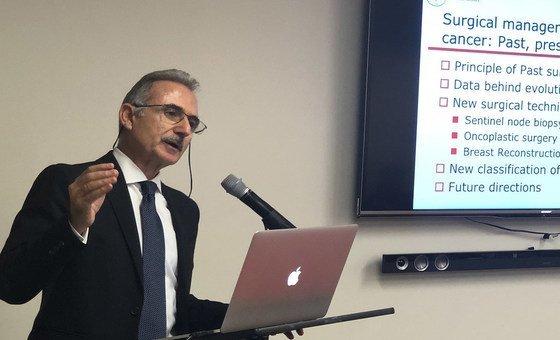 الطبيب محمود التامر، جراح في مركز السرطان في ميموريا سلون كيتيرينغ في نيويورك