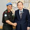 लैफ़्टिनेंट जनरल अभिजीत गुहा संयुक्त राष्ट्र के शांति रक्षा अभियानों में अनेक पदों पर काम कर चुके हैं. वो संगठन के अभियानों में मिलिटरी सलाहकार की ज़िम्मेदारी भी निभा चुके हैं. (2012)