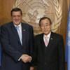 Le Secrétaire général de l'ONU, Ban Ki-moon, (à droite) avec Jan Kubis.