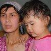 Une femme ayant fui les violences au Kirghizistan mi-juin.