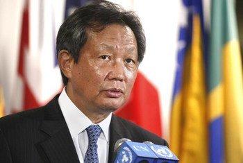 Le Représentant spécial en Côte d'Ivoire, YJ Choi.