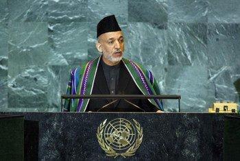 Le Président de l'Afghanistan, Hamid Karzai, à la tribune de l'Assemblée générale.