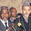 Kofi Annan et le Président Hamid Karzai lors de la conférence de presse
