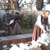 Personnels de l'OMS organisant la  distribution des livraisons médicales