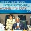 Mme Laura Bush, Kofi Annan et S.A.R. la Reine Noor