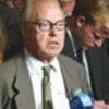 Hans Blix, président de la CCVINU