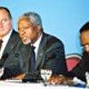 (de gauche à droite) Président Chirac, Kofi Annan et le Président Bongo