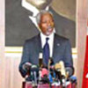 Kofi Annan s'addresse à la presse à Ankara