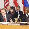 Kofi Annan (à droite) pendant la réunion du G8