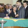 Kofi Annan et la famille de Sergio Vieira de Mello