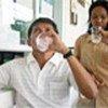 Les malades de la tuberculose prenant leur traitement