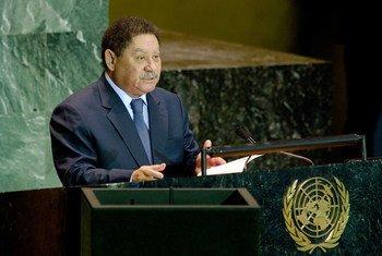 Fradique Bandeira Melo de Menezes, President of Sao Tome and Principe, addressing the General Assembly.