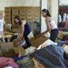 UN staff join hands to aid hurricane Katrina victims (file photo)