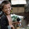 Un garçon Lao Hmong dans un camp de réfugiés.