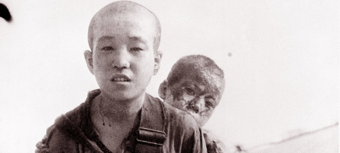 Deux frères qui ont survécu à la bombe atomatique lâchée sur Nagasaki.