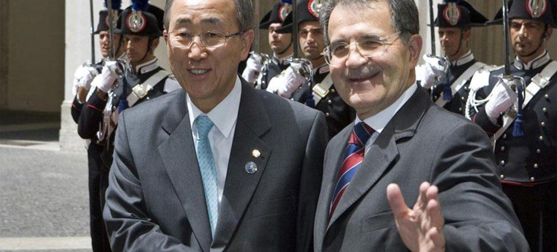 Secretary-General Ban Ki-moon and Former Italian Prime Minister Romano Prodi in Juy 2007.