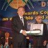 Secretary-General Ban Ki-moon received the Sustainable DevelopmentLeadership Award from H.E. Mr. Maumoon Abdul Gayoom