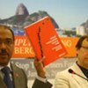 UNAIDS chief Michel Sidibé (left) with Mario Raviglione of WHO launching the Global TB Control 2009 Report