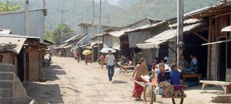赫蒙族难民营