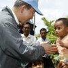 Secretary-General Ban Ki-moon meets with residents of Kyon Da  in the Delta, Myanmar