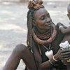 Une femme de la tribu Ndebele au marché de Kwadlaulale, en Afrique du Sud.