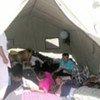 Des réfugiés ouzbèques dans un camp au Kirghizistan.