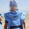Jeremy Renner sur un champ de mines à Bagram, en Afghanistan.