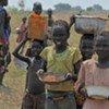 Unos 385 millones de niños viven en condiciones de pobreza extrema, reveló un nuevo estudio de UNICEF y el Banco Mundial. Foto de archivo: PMA/Mohamed Siddig