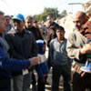 Refugees agency chief António Guterres (left) visits displaced Iraqi families in Um Al-Baneen camp in Baghdad