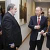 Le Secrétaire général Ban Ki-moon lors d'une réunion avec les ambassadeurs de l'Organisation de la conférence islamique.