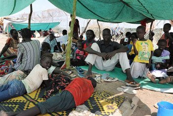 Southern Kordofan residents outside UNMIS Kadugli compound after fleeing fighting that erupted in June 2011