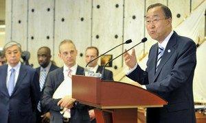 Secretary-General Ban Ki-moon briefs press in Geneva