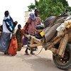 Picha ya Maktaba: Familia ikirejea Galkayo Somalia baada ya kuukimbia ukame katika eneo la Buale.