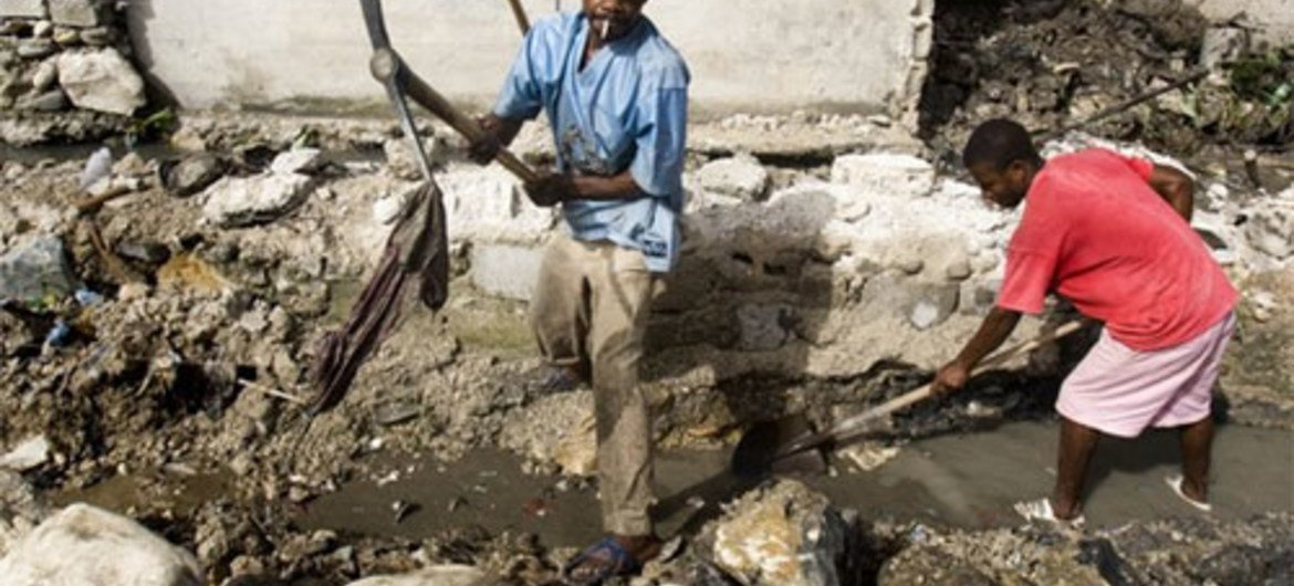 Clearing and reconstruction work in Port-au-Prince, Haiti