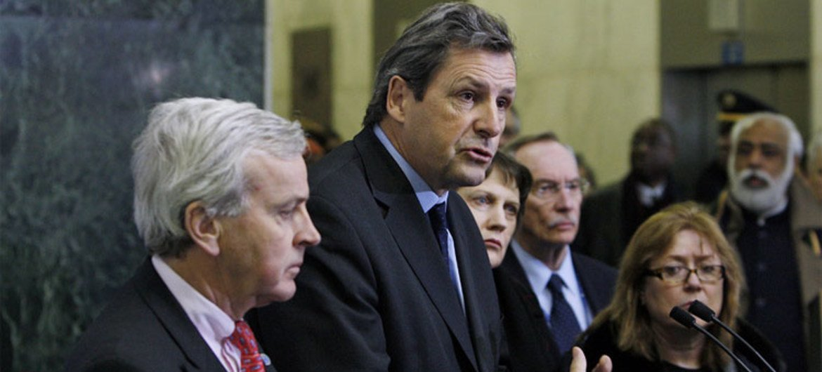 Under-Secretary-General for Peacekeeping Operations Alain Le Roy briefs reporters on the situation in Haiti after the devastating earthquake that hit the country on 12 January 2010.