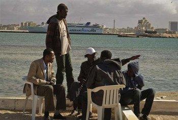 Trabajadores migrantes en Bengazi, Libia