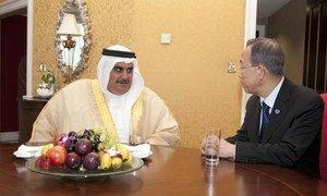 Secretary-General Ban Ki-moon (right) and Shaikh Khalid Bin Ahmed Al Khalifa,  Foreign Minister of Bahrain