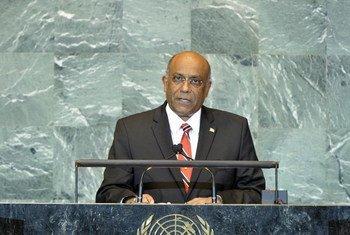 Foreign Minister Surujrattan Rambachan of Trinidad and Tobago
